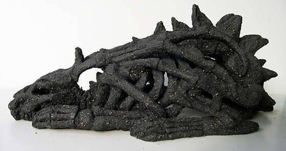 squelette_dragon_sculpture_mmk_myriam_sitbon